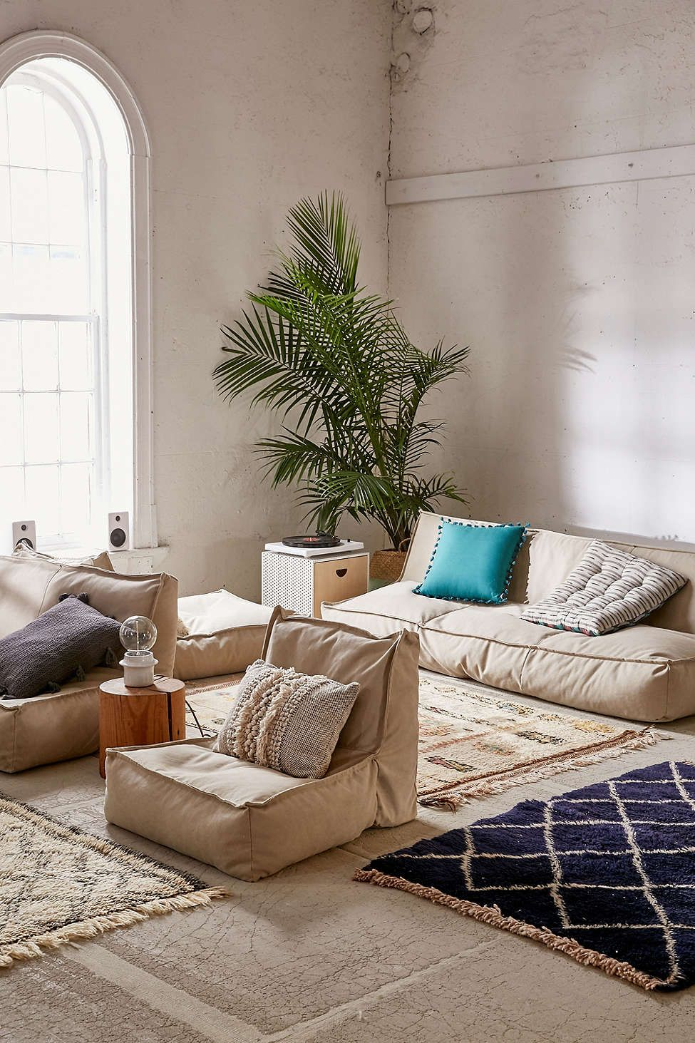 Urban Outfitters Living Room Ideas White Luxury Curtains Lennon Loveseat Sofa Uohome 2