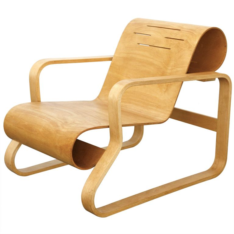 Paimio lounge chair nr 41 by alvar aalto 1930 32 plywood for Alvar aalto chaise longue