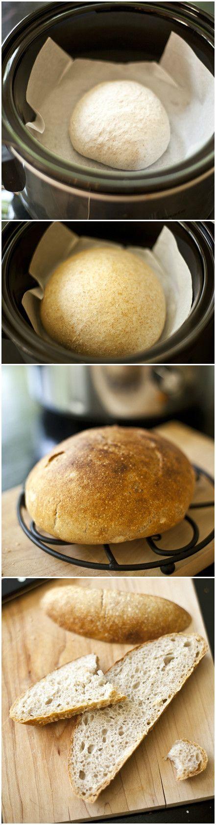 Pan hecho en una olla de cocción lenta.