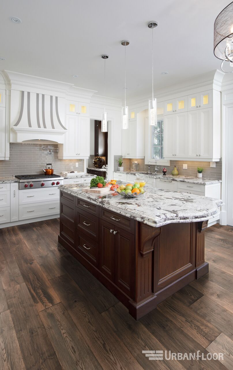 Tcc 284 Sh Schumann Schumann S Tender Melodies And Moving Refrains Are Captured In The Luxurious Pl Top Kitchen Trends Rustic Modern Kitchen Kitchen Trends