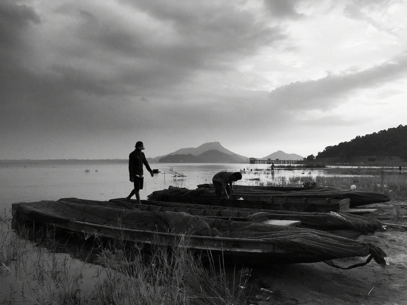 Bang-phra Reservoir, Thailand #Reservoir #Dam #fisherman