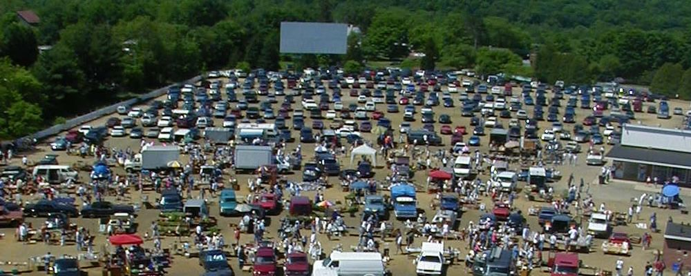 Mansfield Drive In Theatre Marketplace Drive In Theater Day Trips Trip