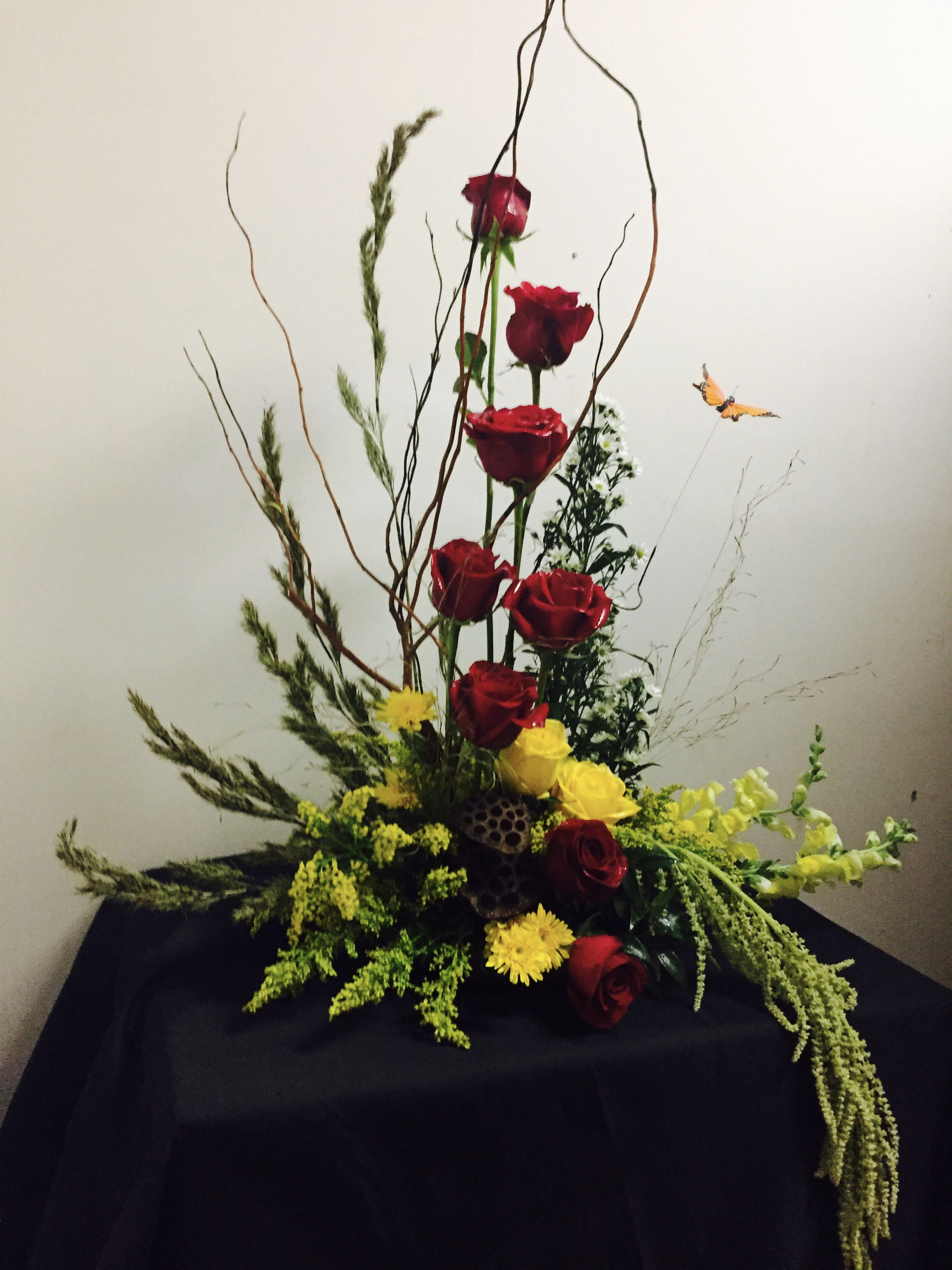 Pin By Maidas Floral Shop Inc On Sympathy Tribute Floral