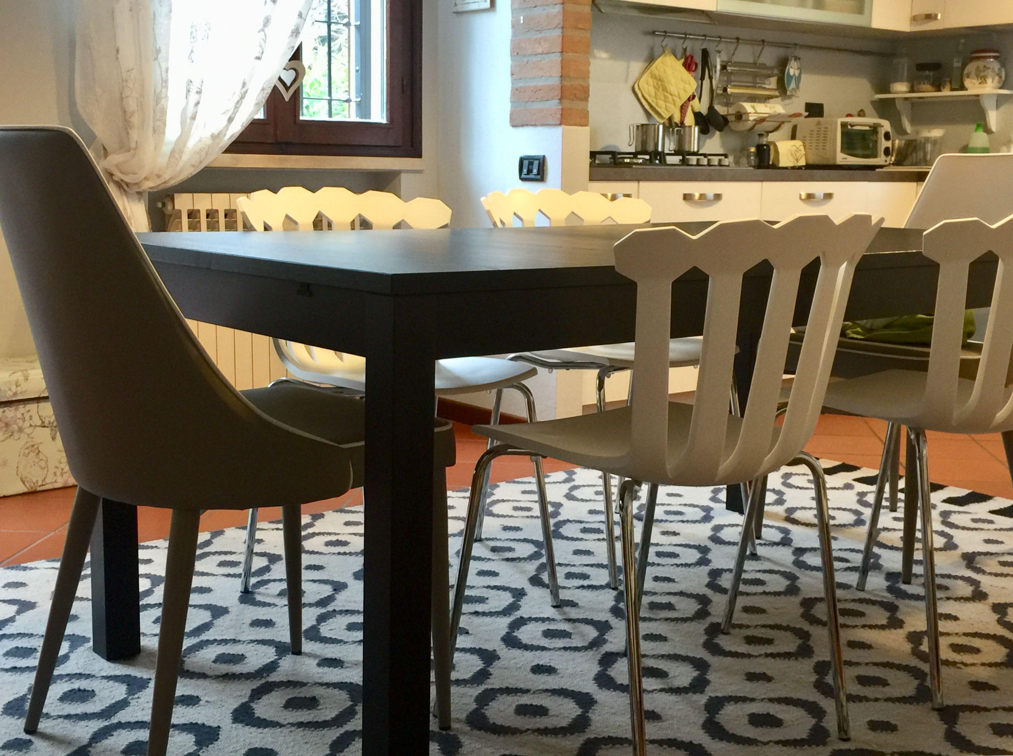 Tappeto sotto al tavolo in cucina... meraviglioso!! | kITCHEN nel ...