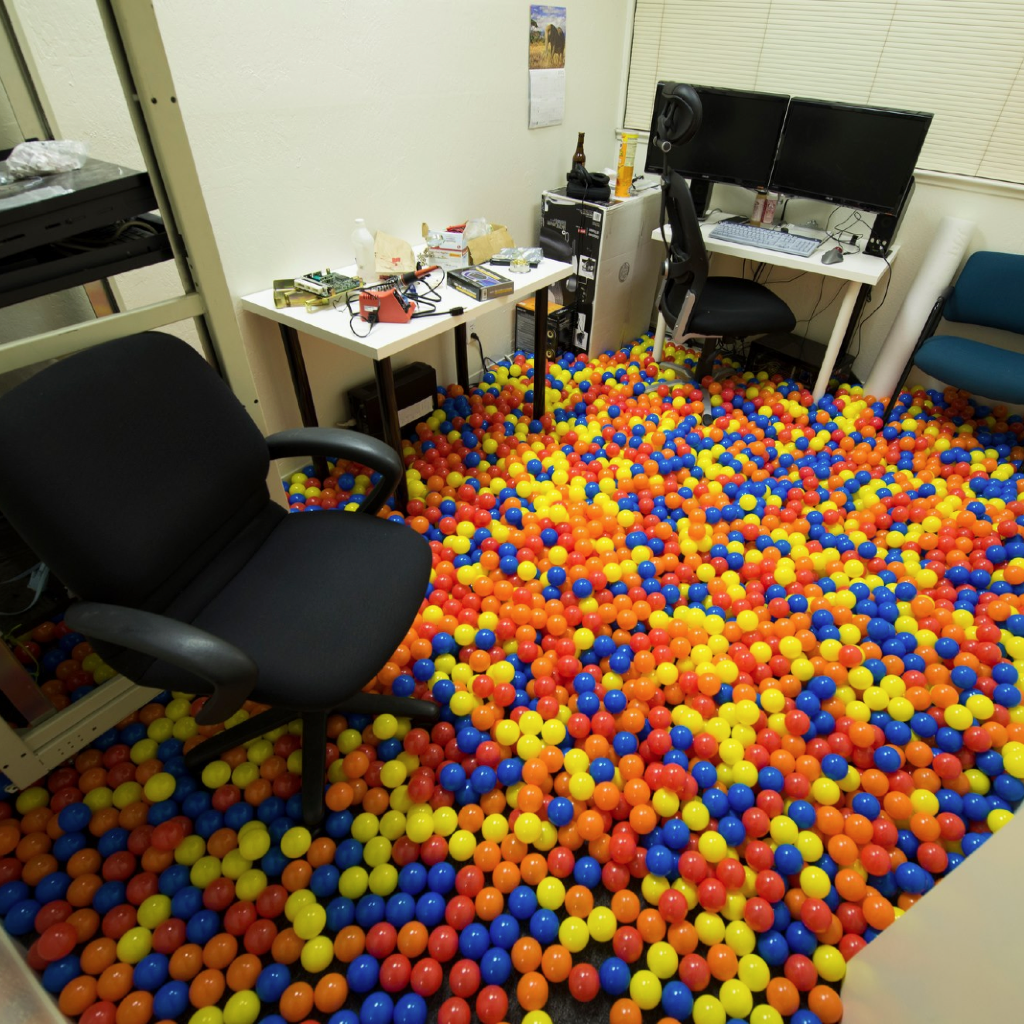 30 of the Most Epic Office Pranks | D I Y / Crafts ...