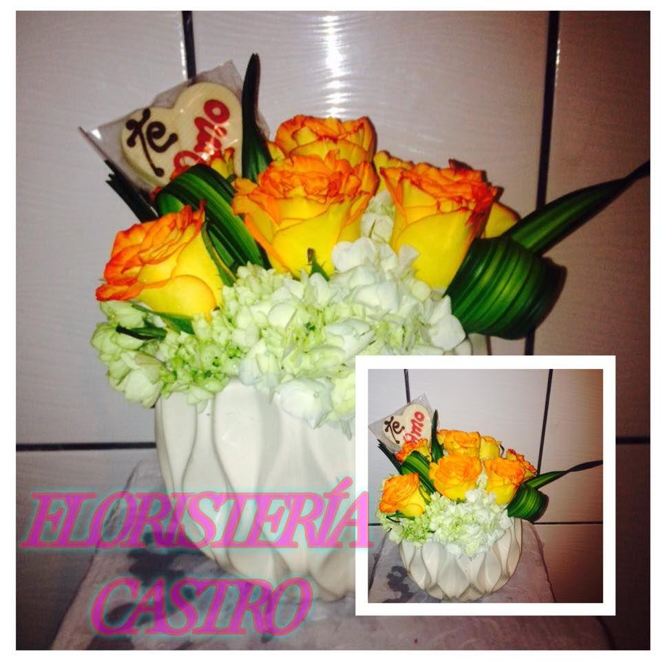 Hermosa base de ceramica decorada con rosas confeti y hortensias