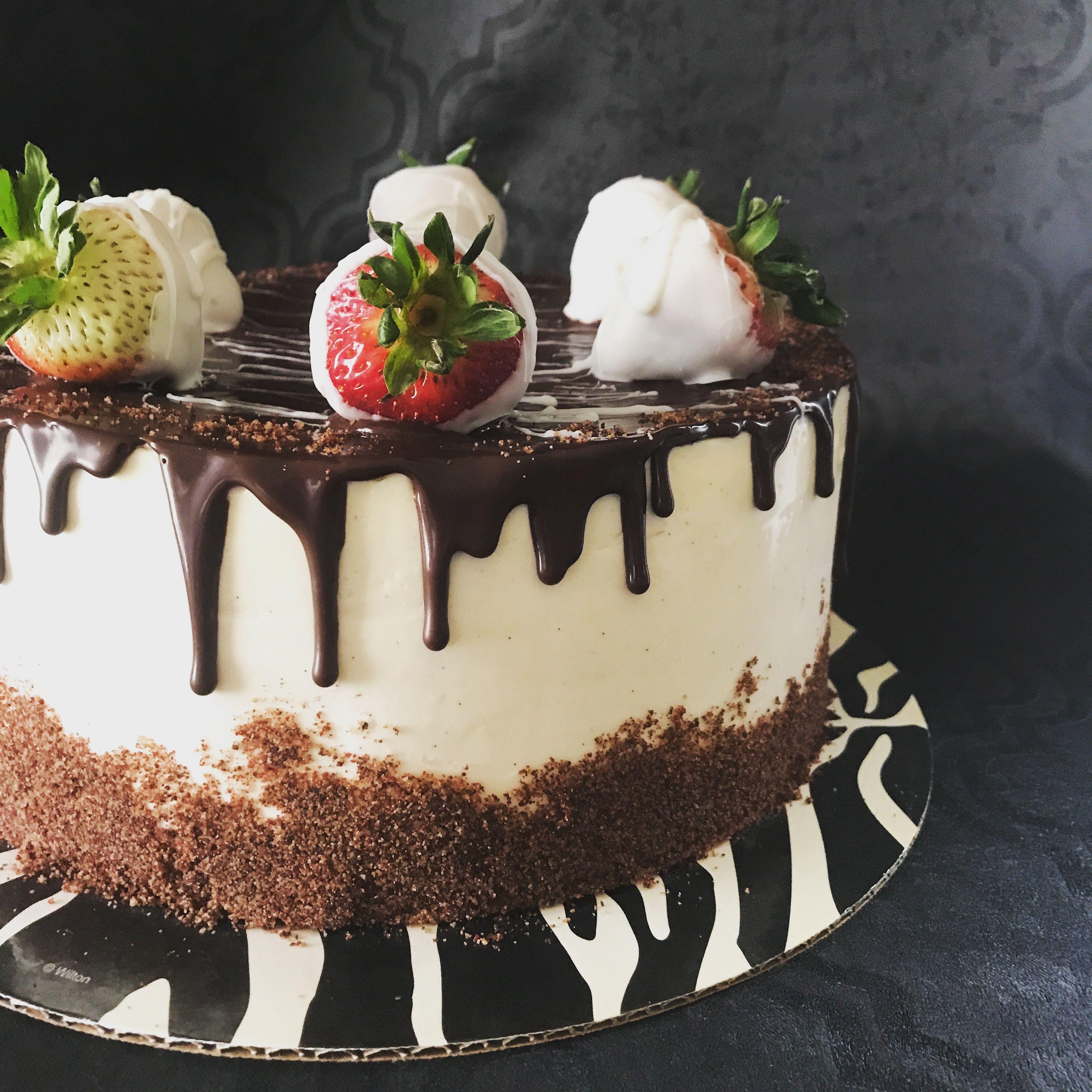 Vegan Chocolate Cake With Strawberry Filling And Vanilla Bean Vegan Buttercream Niki Diggs Cakes Ca Vegan Cake Vegan Chocolate Cake Strawberry Cake Filling