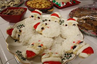 Home Style with a Side of Gourmet: Aunt Chick's Santa Cookies-