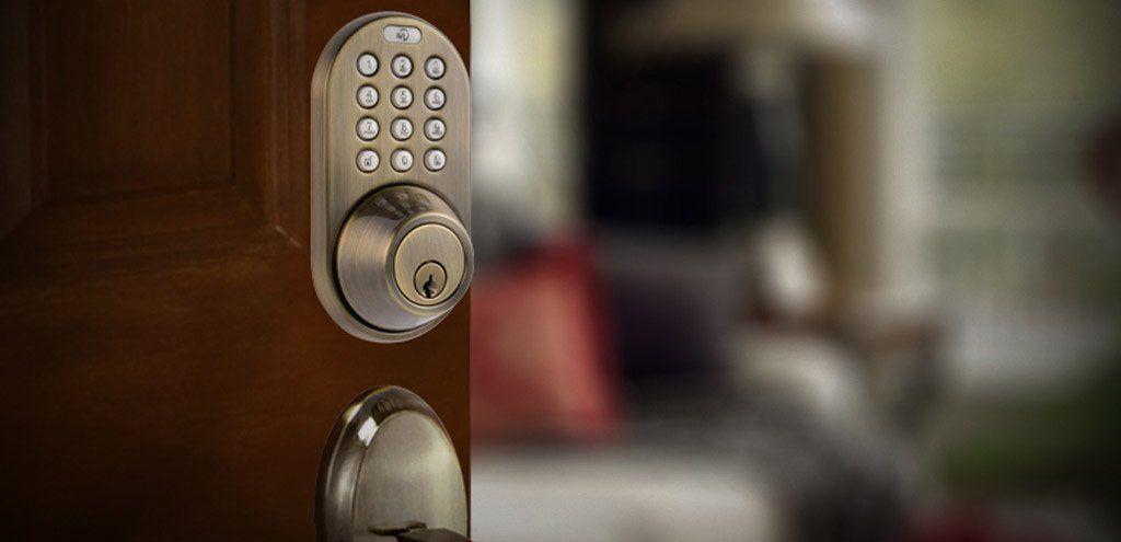 Locksmith Reno With The Latest On Keyless Door Locks What Are The Benefits Of Having A Reno Locks Keyless Door Lock Keyless Entry Door Locks Digital Door Lock