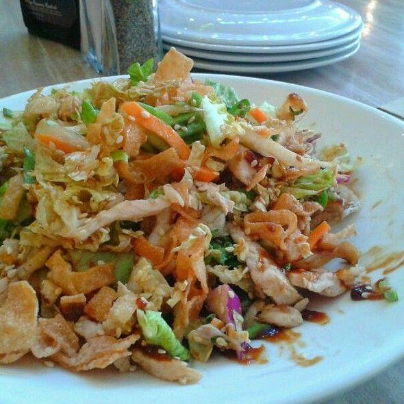 Oriental Chicken Salad California Pizza Kitchen Cpk