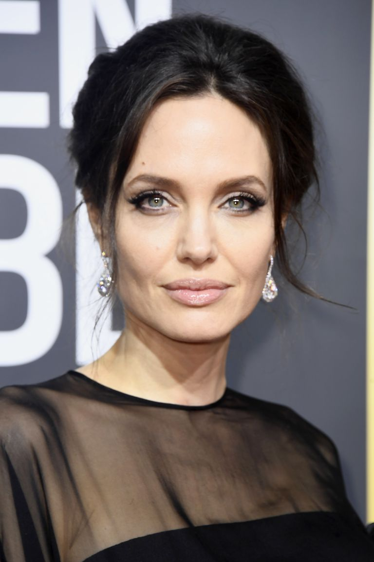 Look - Jolie Angelina stretch marks video