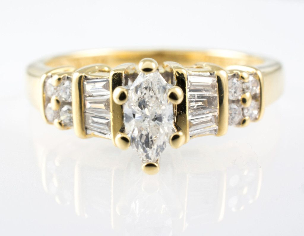 14 Kt Yellow Gold Diamond Ring