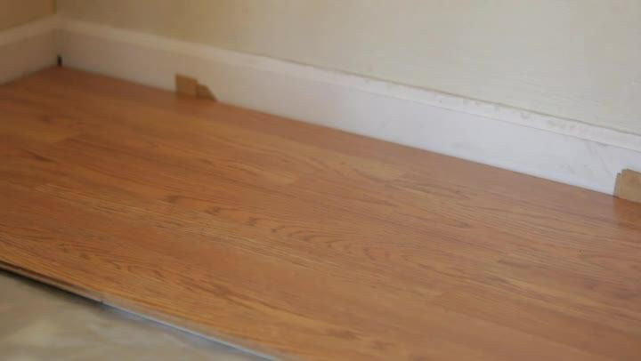 Video How To Install Locking Laminated Flooring Stuff To Build