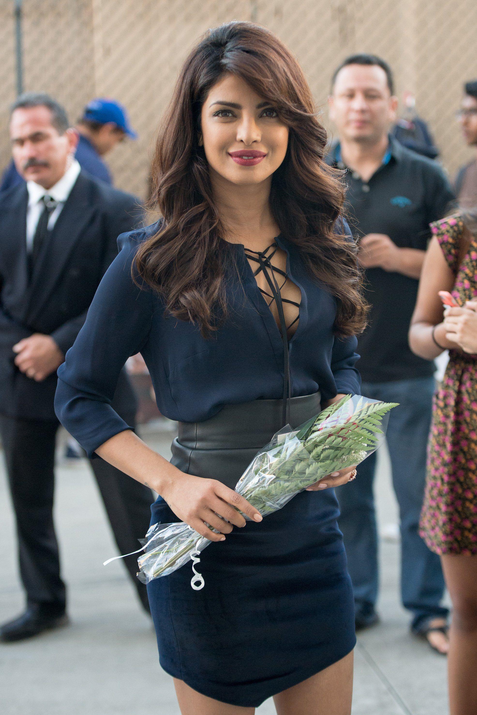 WHO Priyanka Chopra WHERE On the street, Los Angeles  WHEN September 30, 2015 is part of Priyanka chopra hair -