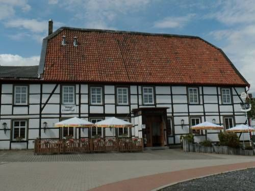 Hotel Lindenhof Hamm-Rhynern Offering a restaurant, Hotel Lindenhof is located in Rhynern, just 5 km away from Hamm. Free Wi-Fi access is available.  Rooms here at Hotel Lindenhof will provide you with a flat-screen TV. Featuring a shower, private bathrooms also come with...