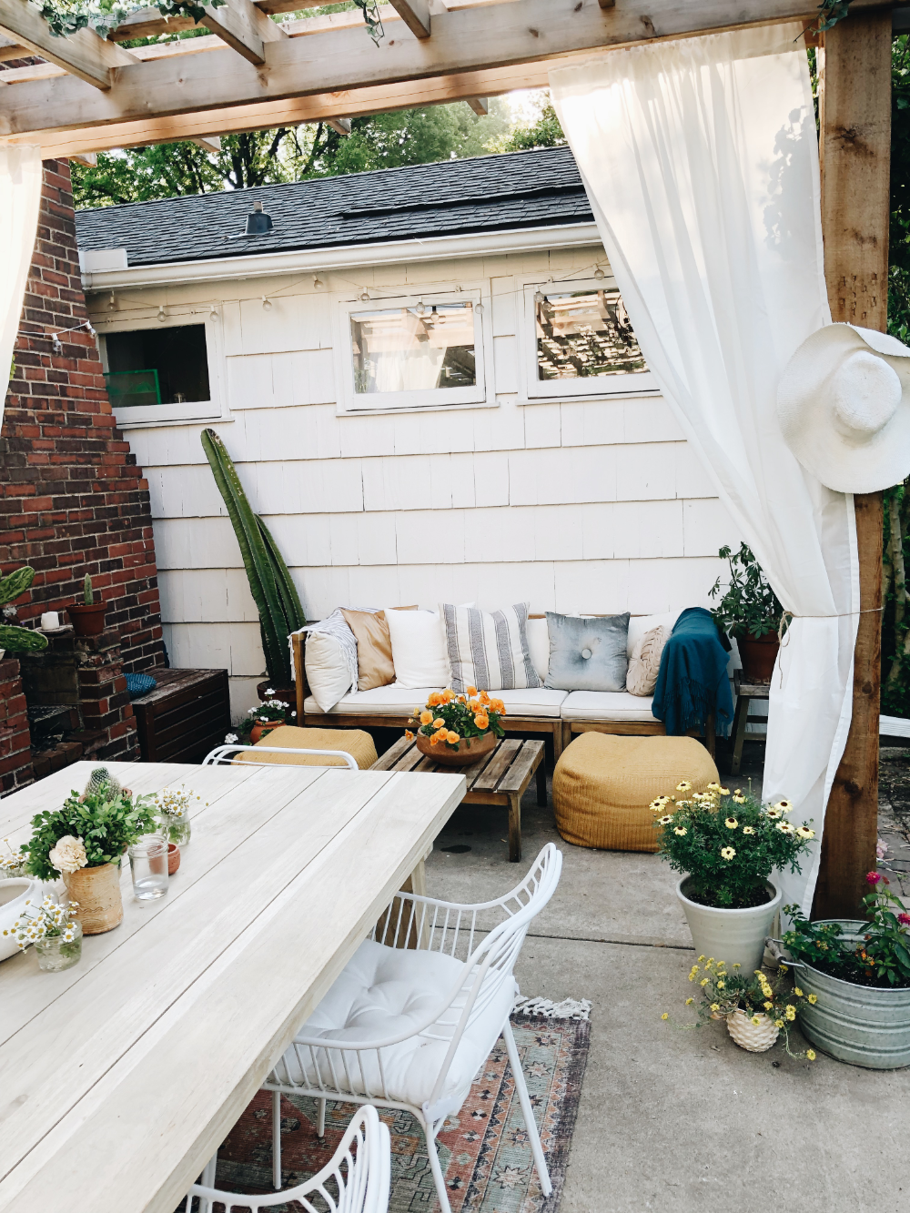 Our Back Patio Brings Exactly Two Boys to the Yard. | Bev Cooks #backpatio