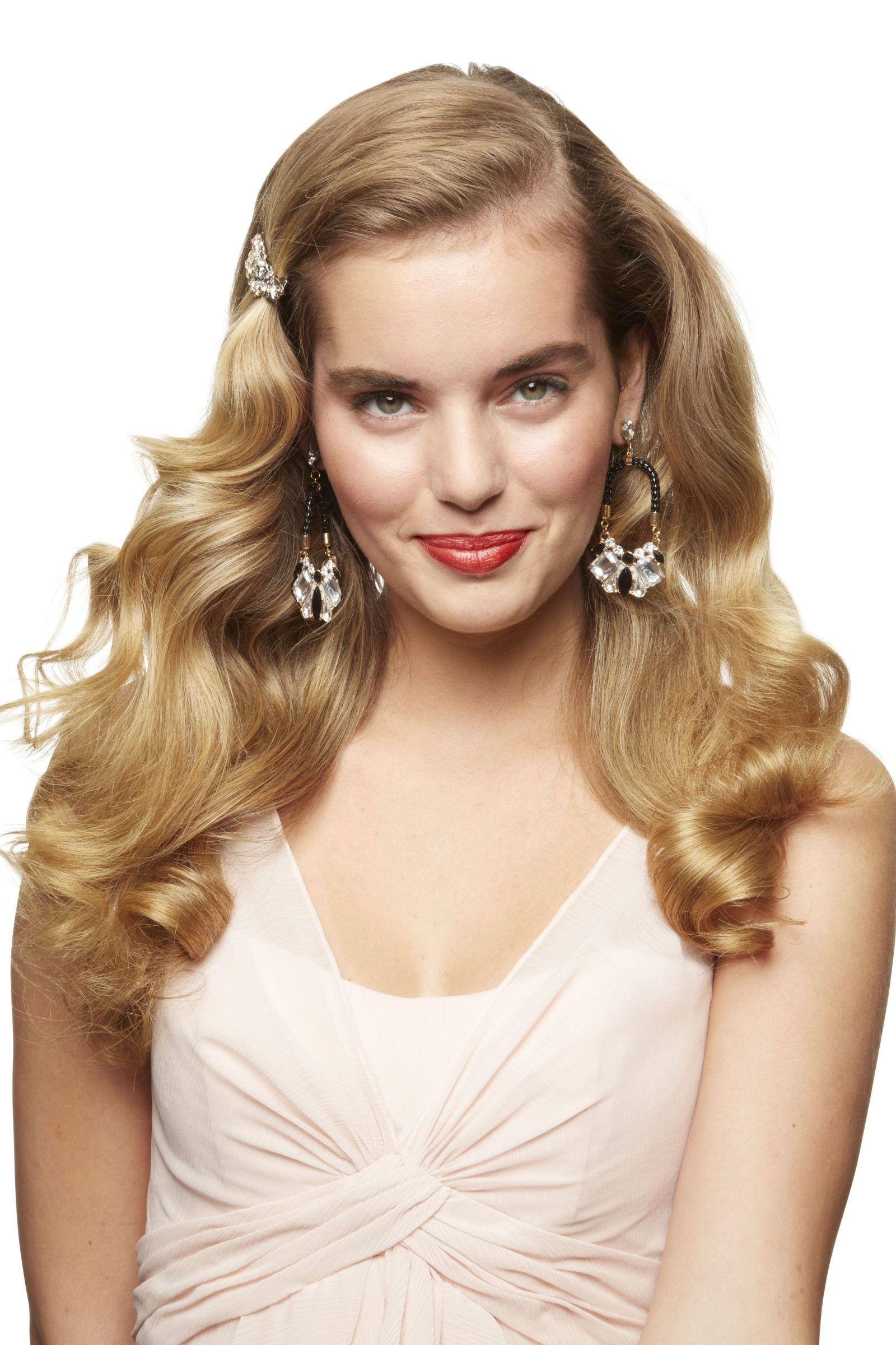 prettiest prom hairstyles for long hair romantic curls sweep