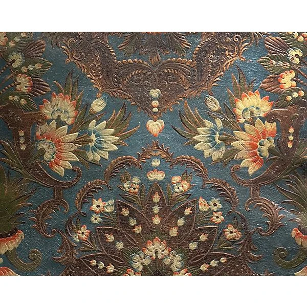 A Premier Online Destination Of Luxury Fabrics Wallpapers And Furnishings From Designers And To The Trade Brands Available In 2020 Luxury Fabrics Old World Tapestry