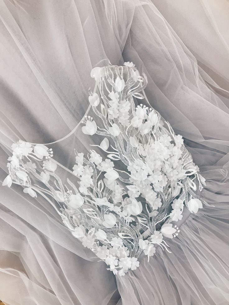 Tulle Wedding Dress Wedding Dress Made To Measure Wedding Dress Simple Weddin New Bescheidene Hochzeitskleider Bescheidenes Hochzeitskleid Hochzeitskleid