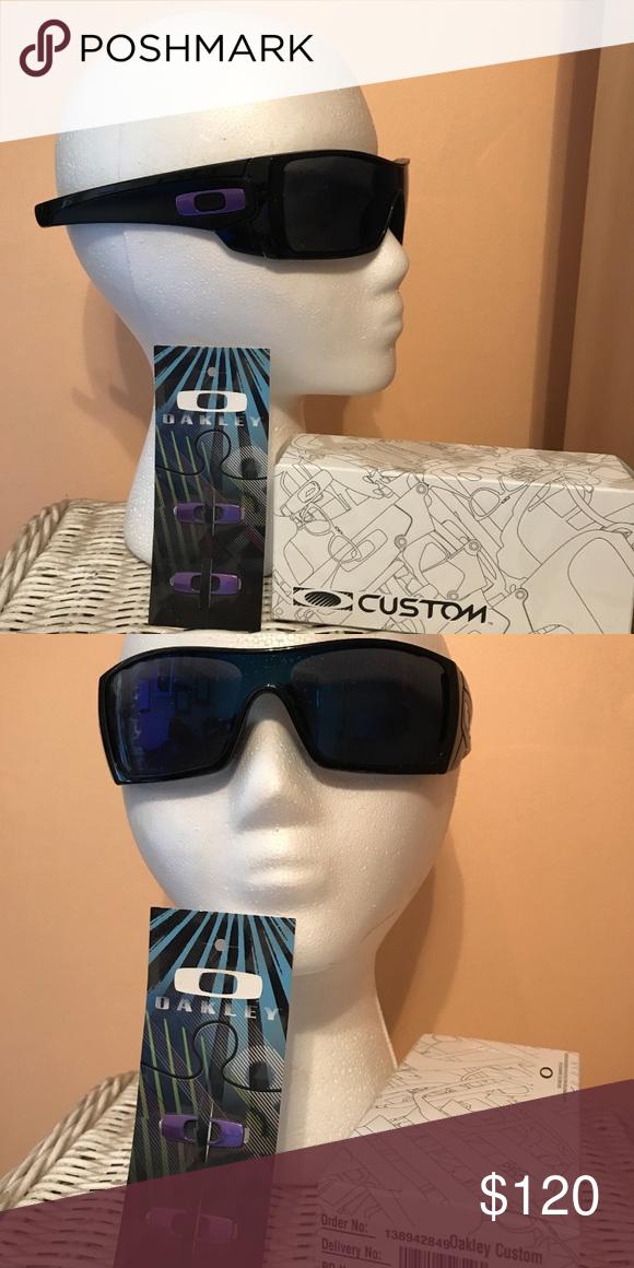 8b577aeba4626 Oakley batwolf polarized sunglasses Purple icons Oakley Accessories  Sunglasses
