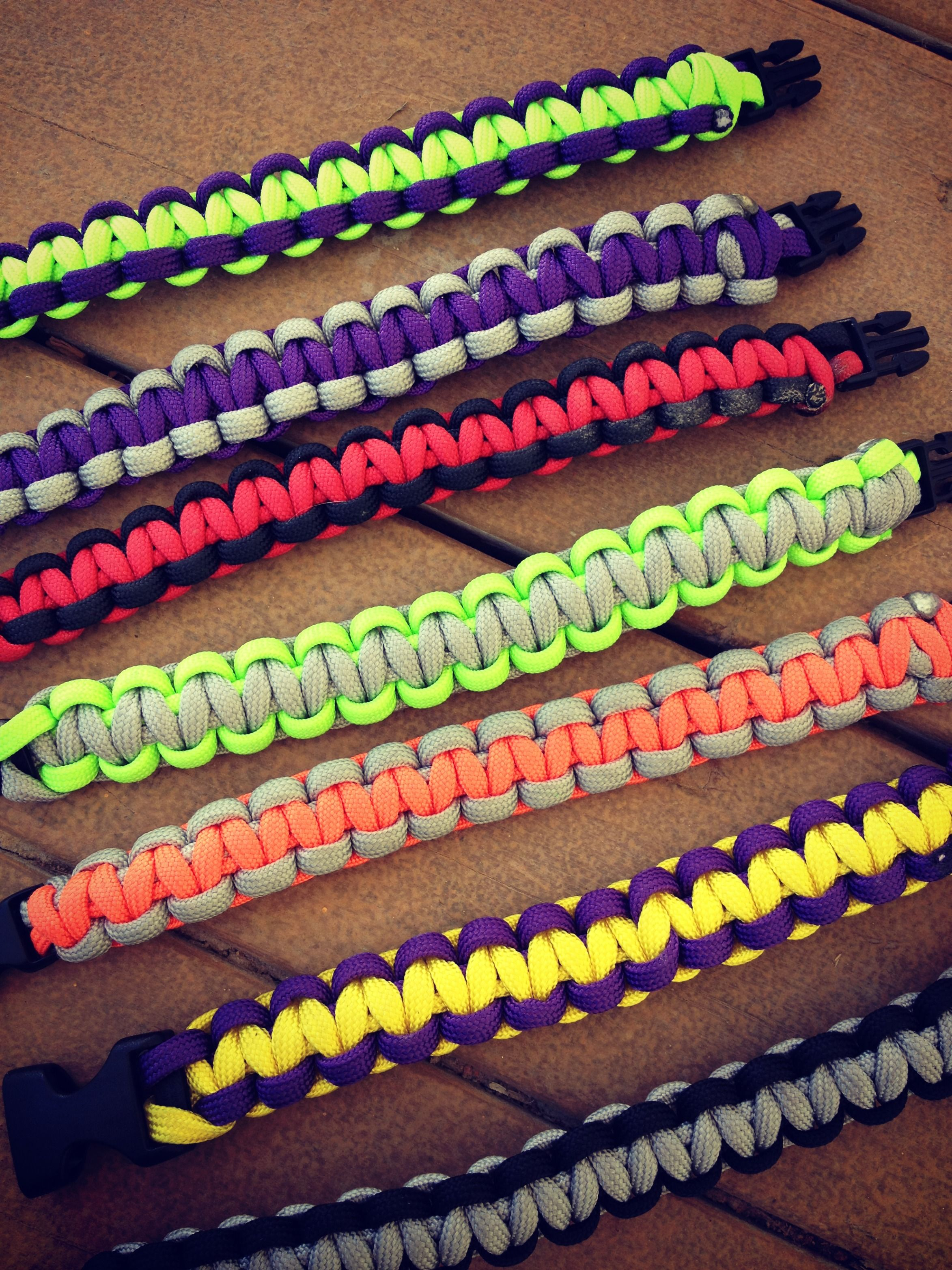 how to make paracord bracelets | Paracord bracelets, Paracord and ...