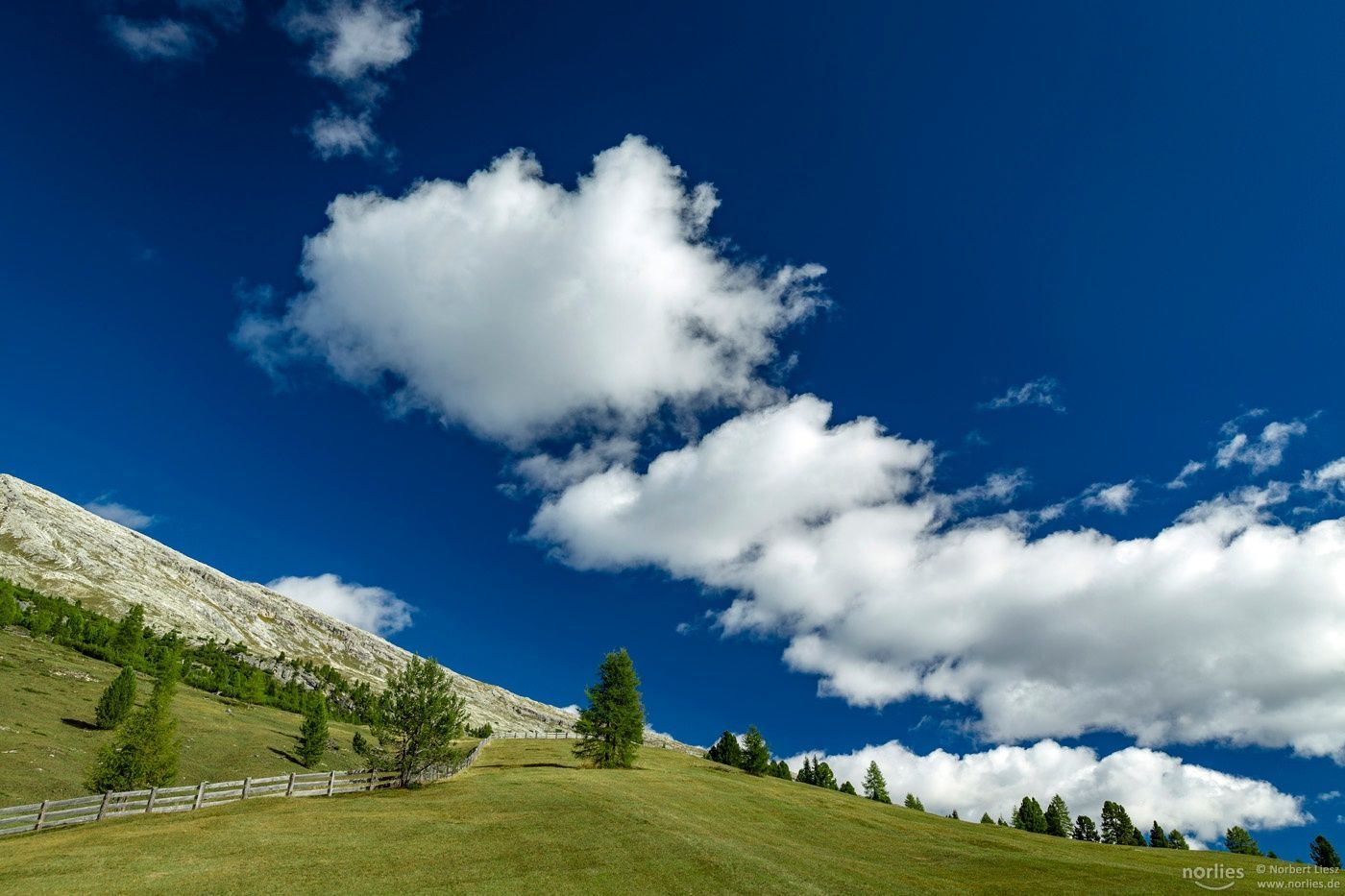 clouds on line  Landscapes photo by norlies http://bit.ly/2cHeOTz