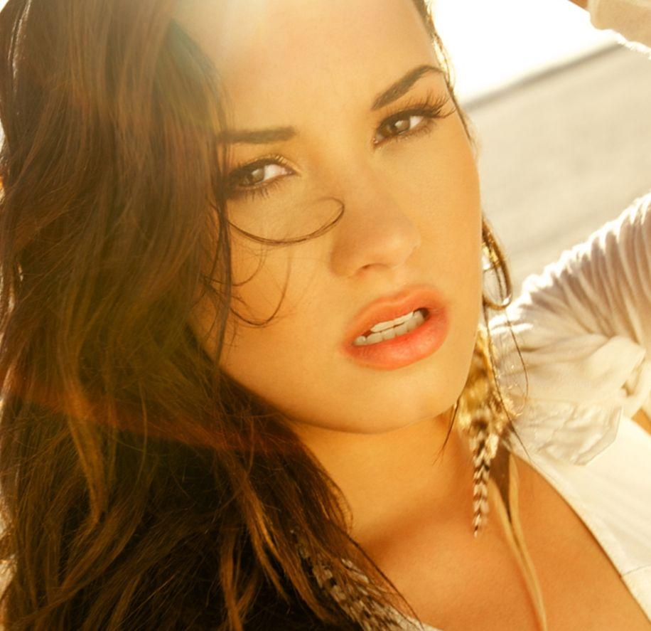 Skyscraper Demi Lovato Amazing Song Music Pinterest