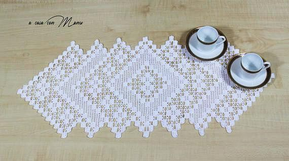 White Rectangular Crochet Centerpiece Diy Projects To Try Lace
