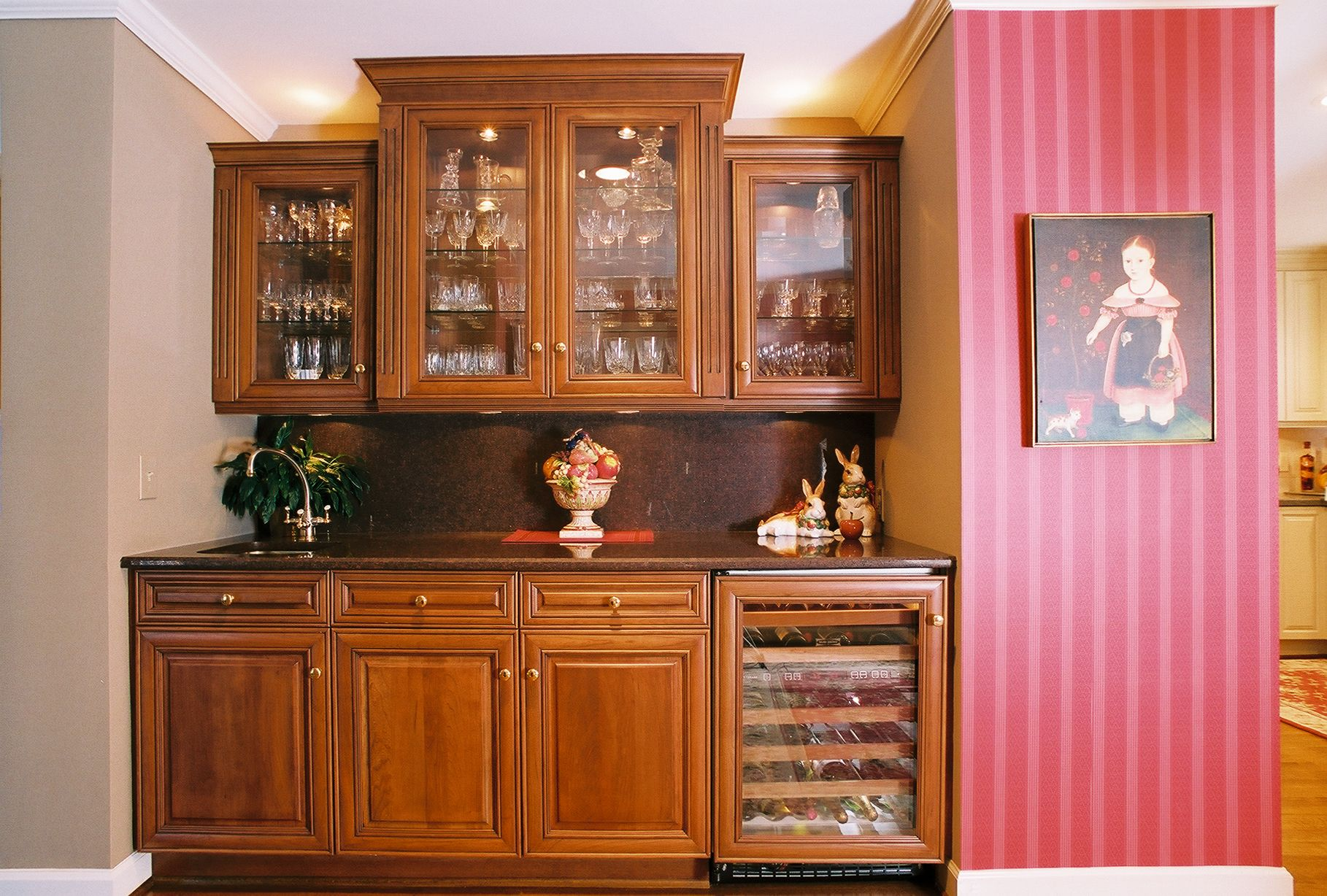 Built in bar for the home built in bar kitchen - Built in bar cabinets ...