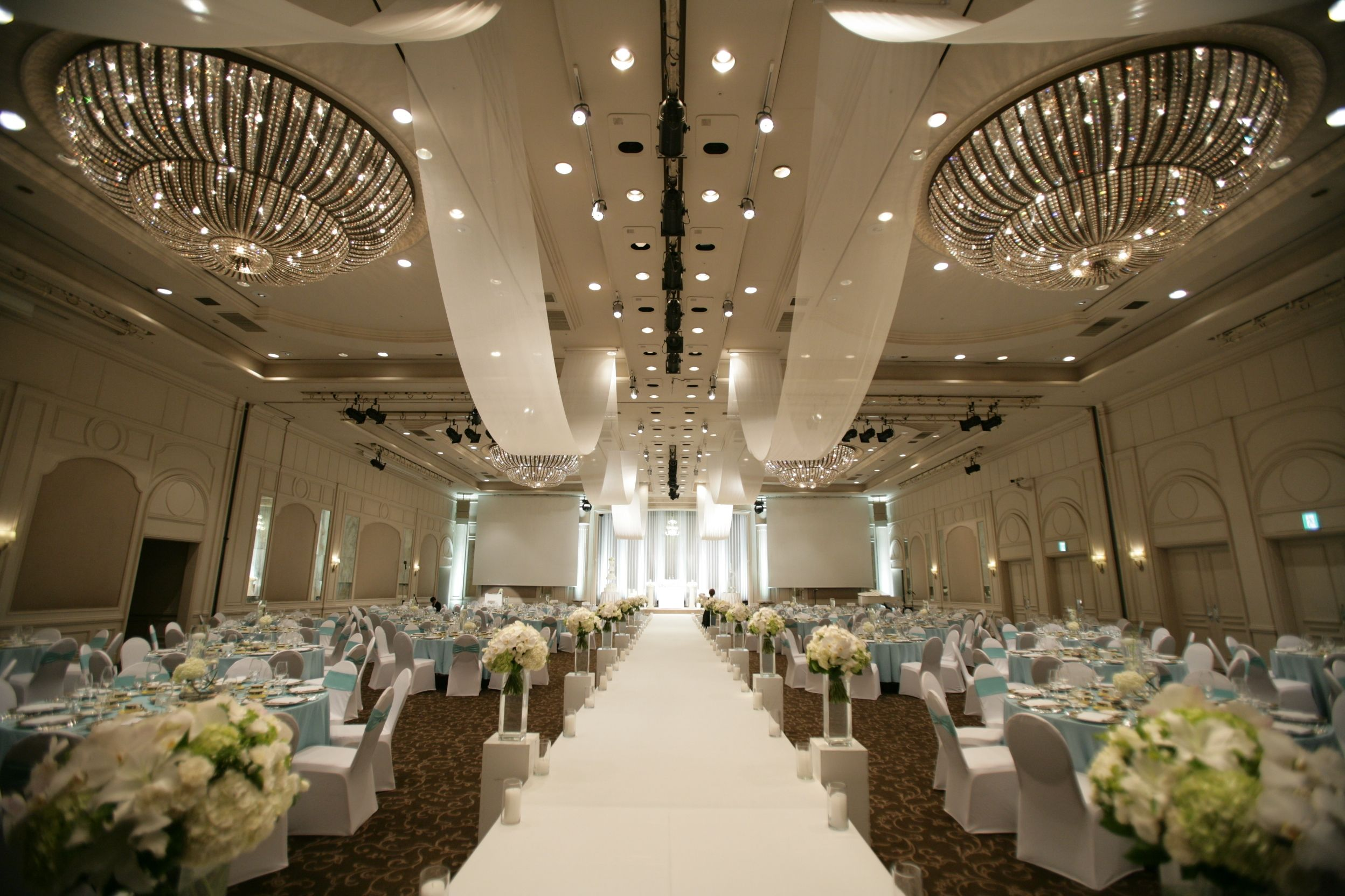 Grand ballroom decoration grandballroom wedding pinterest for Ball room decoration