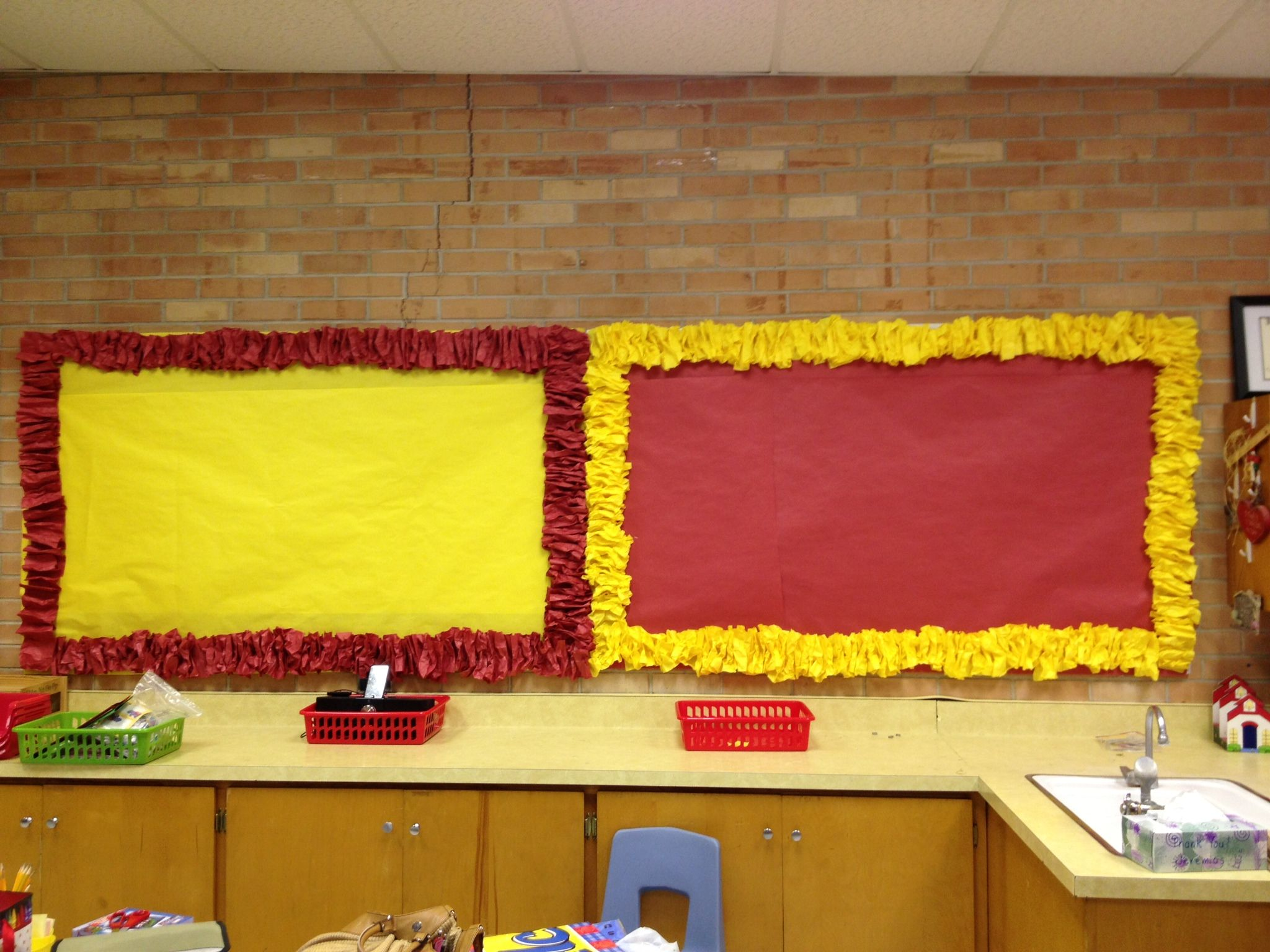 3D bulletin board border. Nailed it!!...... For reals this time :D ...