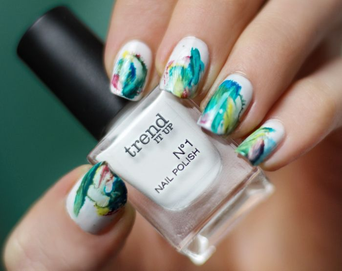 Aquarell Nageldesign