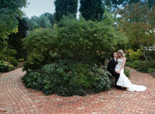 The Conservatory Is An All Glass Tropical Gardenhouse Wedding Venue Located In St Charles Mo St Louis Photo B With Images Garden Wedding Venue Wedding Venues Wedding