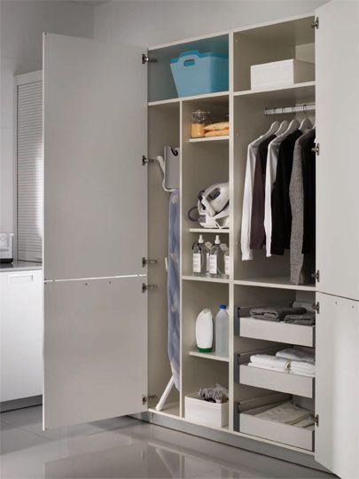 Artesanato Alentejano ~ Soluciones para la unidad de planchado de lavandería Este armario se compone de dos módulos