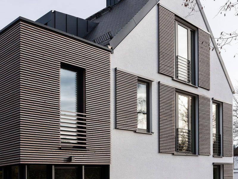 This House Is An Example Of How To Do Modern Window Shutters House Shutters Modern Windows Modern Shutters