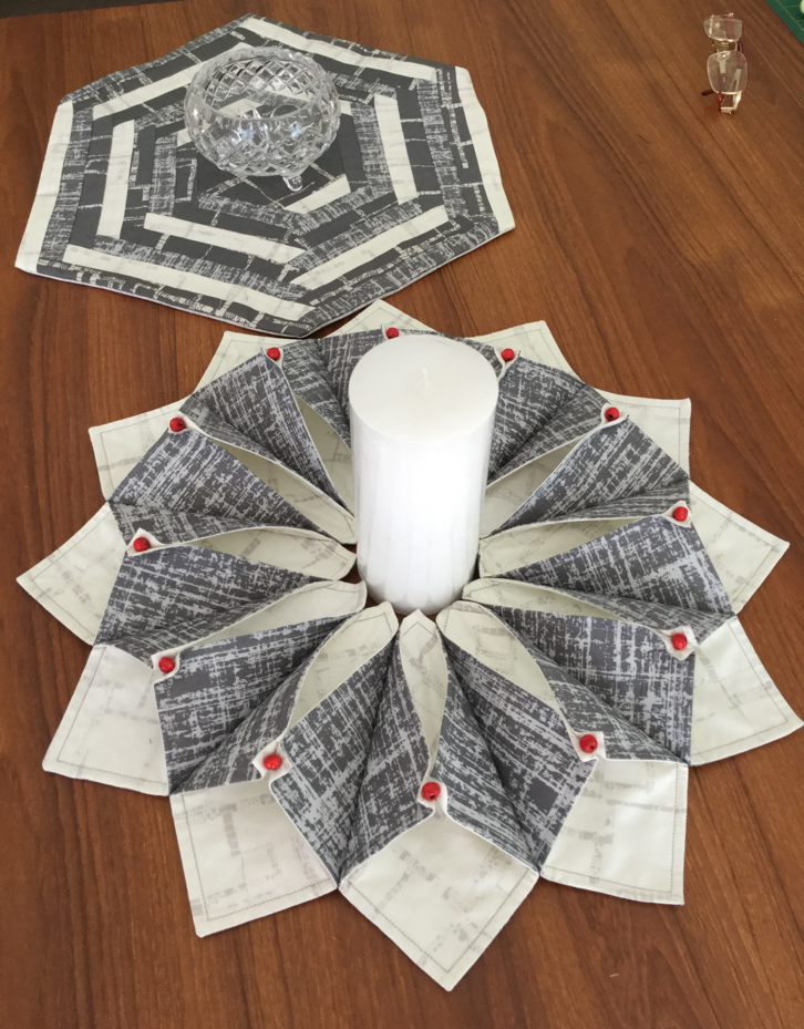 Helen S Patchwork Passion Fabric Origami Candle Mat Origami Candle Origami Candle Mat Fabric Origami Tutorial