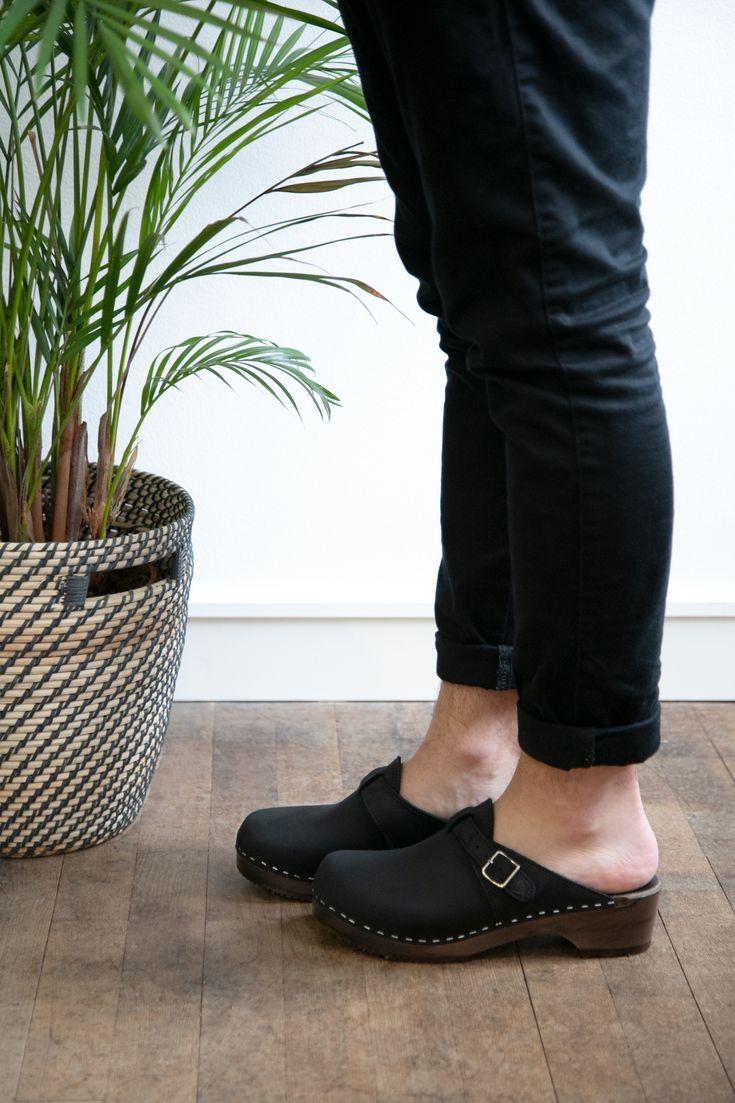 Brown leather clogs,Summer men shoes,Men shoes,Leather shoes for men Men new clogs,Swedish men clogs,Leather men clogs,Men clogs,Men mules