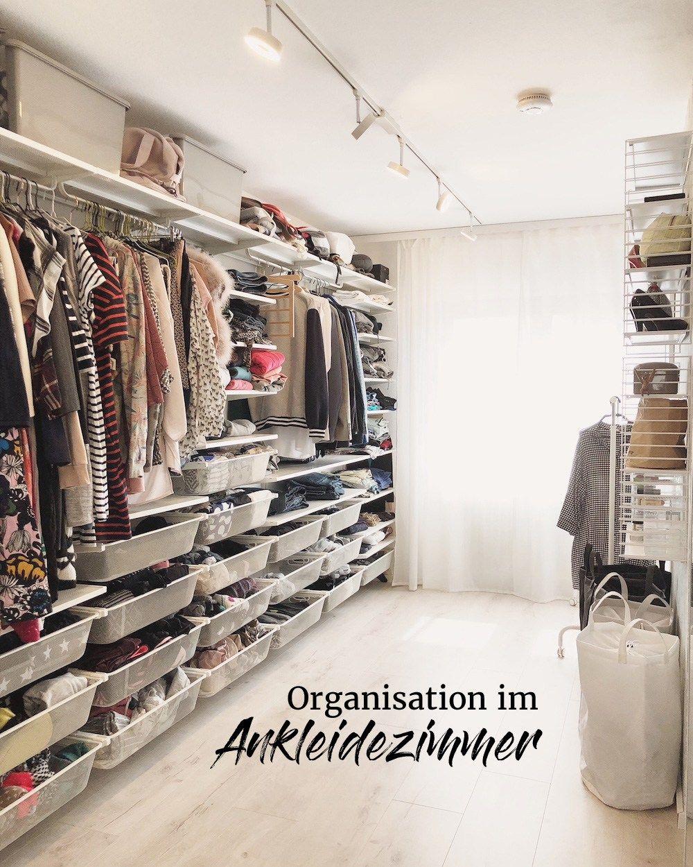 Organisation Im Ankleidezimmer Tipps Und Ideen Fur Den Begehbaren Kleiderschrank Offenes Regalsystem Mit Kleiderstangen Re Ankleidezimmer Ankleide Und Ankleide Zimmer