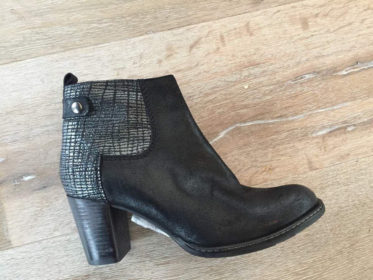 boots noir et gris sport myma1:149€ + boots elastiqué + low boots