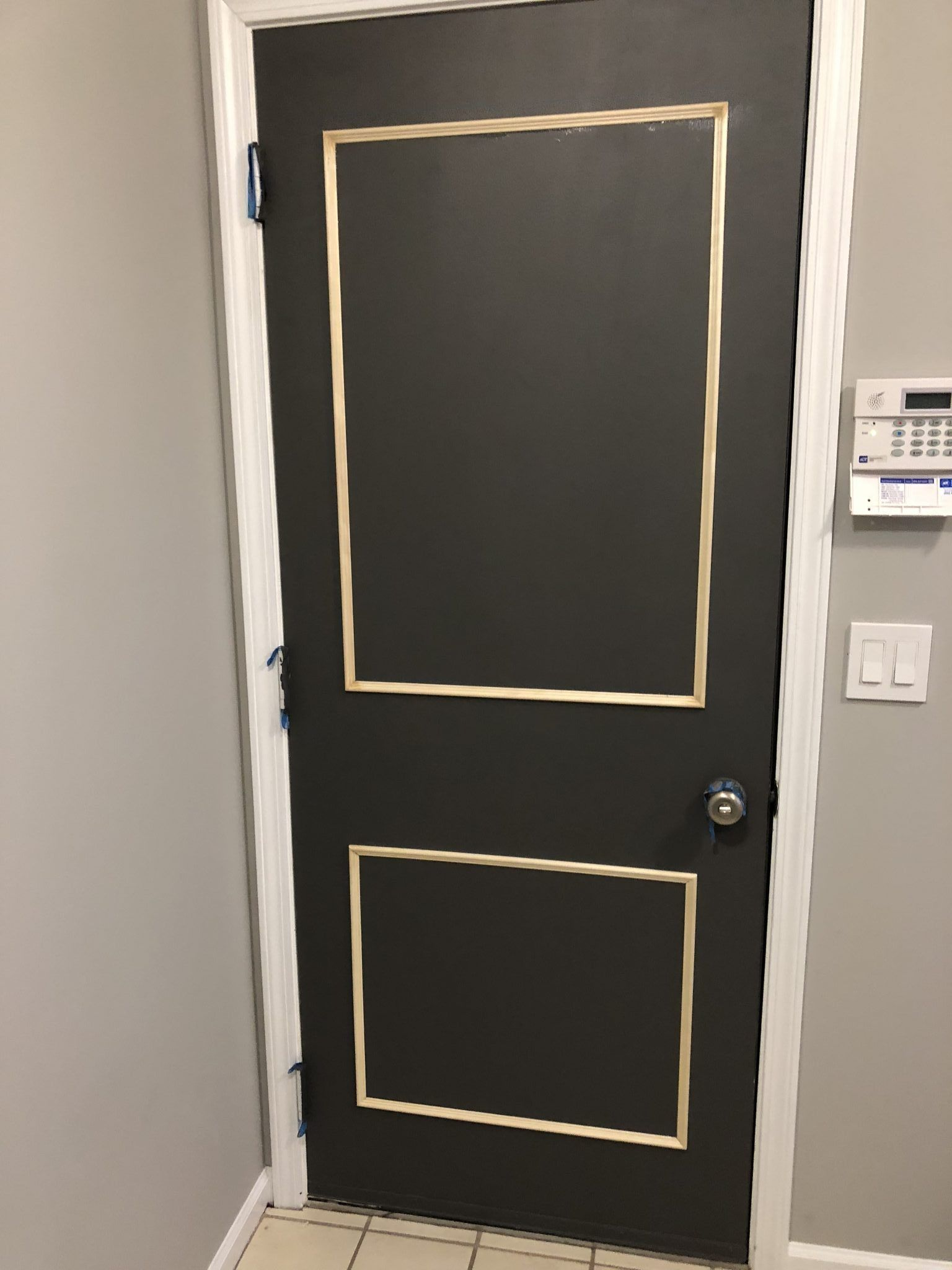 How to Easily Install Concealed Hinges on Cabinet Doors ...