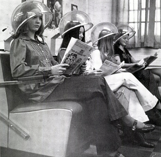 Vintage Everyday: Photos Of Beauty Salon & Barber Shop In