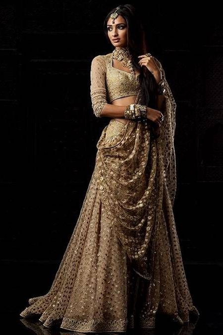 Awesome indian wedding dresses by designers 2018 2019 for Indian wedding guest dresses uk