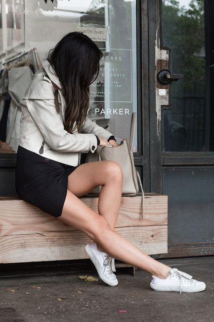 Casual Friday :: Cropped trench & White sneakers