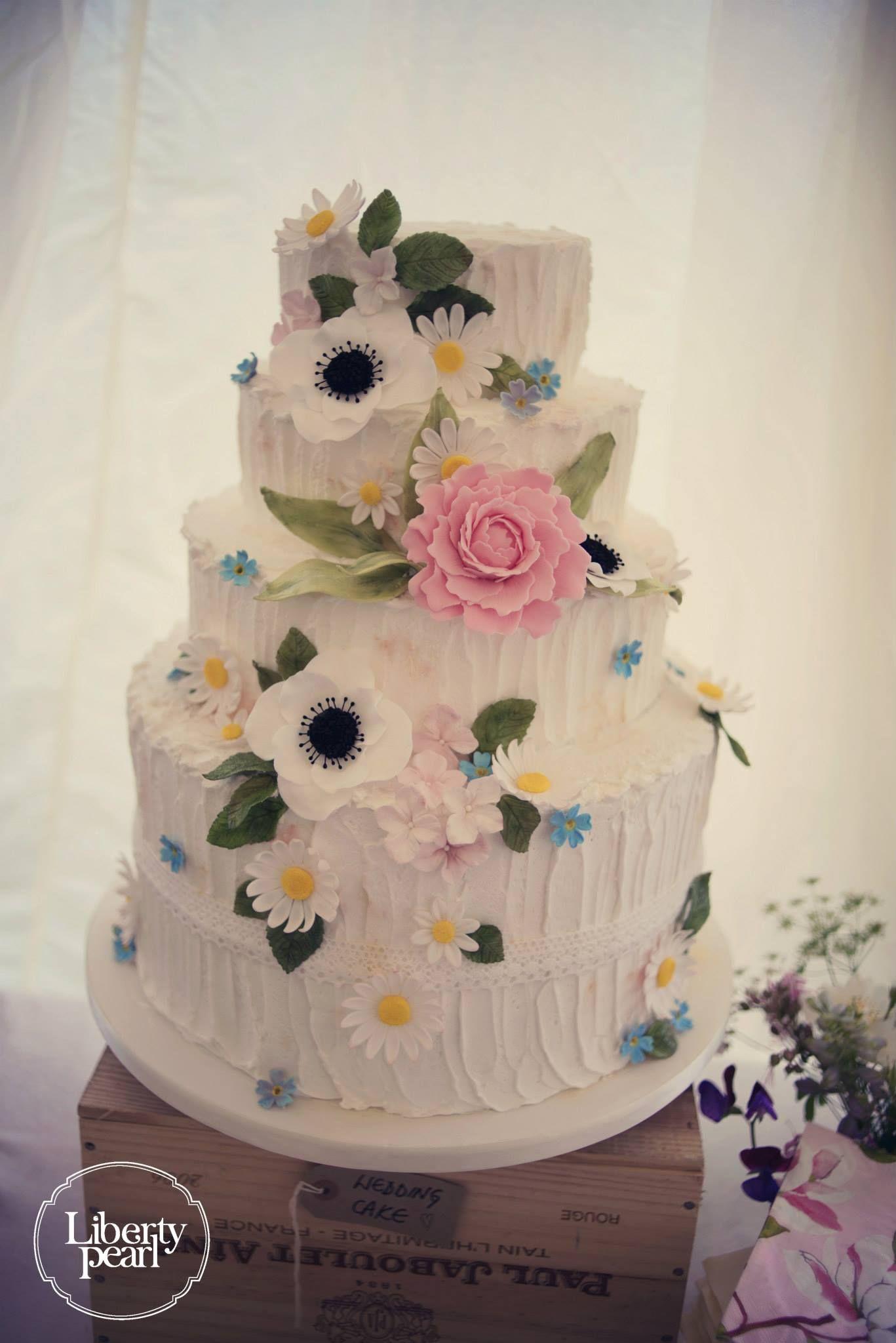 Wedding cake, Devon Farm wedding