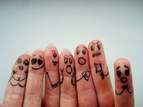 RandomEnthusiasm Finger Faces That Are Strangely Heartwarming