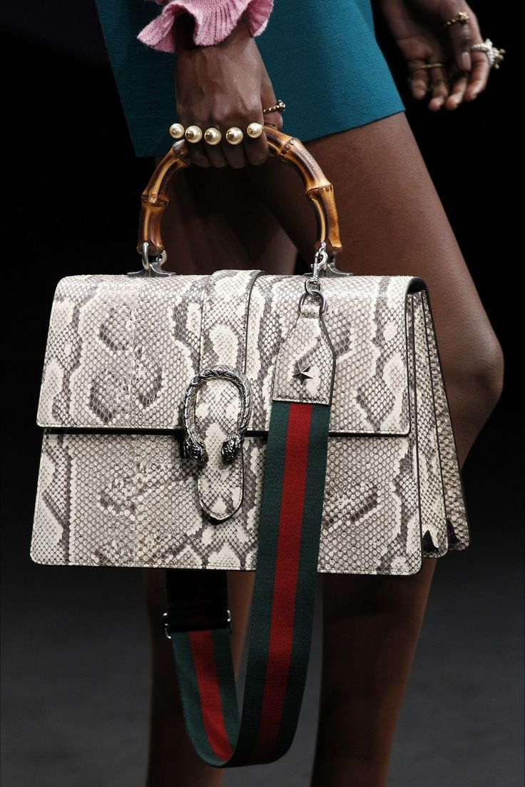 3d67022edd8 Gucci Milano - Collections Fall Winter 2016-17 - Shows - Vogue.it -  wholesale leather handbags