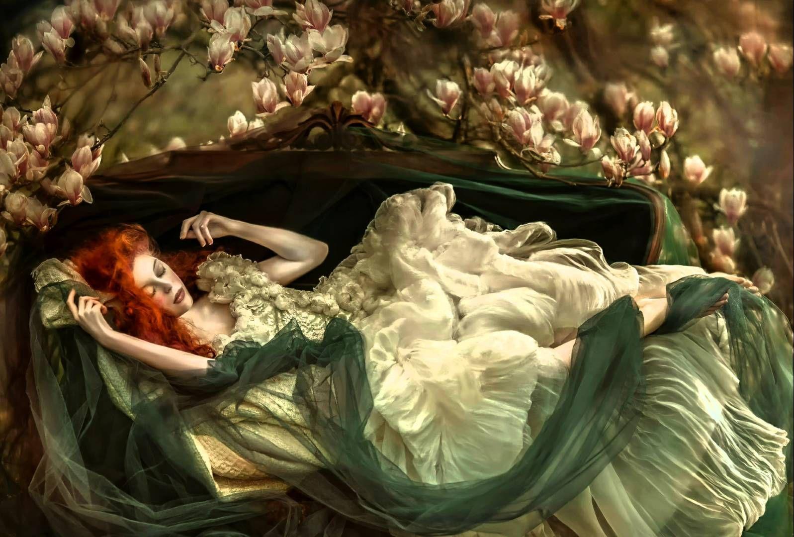 Интерпретация фильма спящая красавица с рыжей девушкой в гл ролях, связанная сучка с хуем во рту
