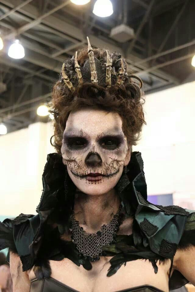 Chloe Sens From Season 6 Of Face Off At Imat In La 1 19 14 Kryolan Make Up Halloween Queen Halloween Makeup Prosthetic Makeup