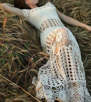 Bem vindo fevereiro! Que venha carregado de bênçãos e alegrias!  Foto inspiração by @tanita_o  #goodmorning #fevereiro #crochet #handmade #dress #lindo #inspiration