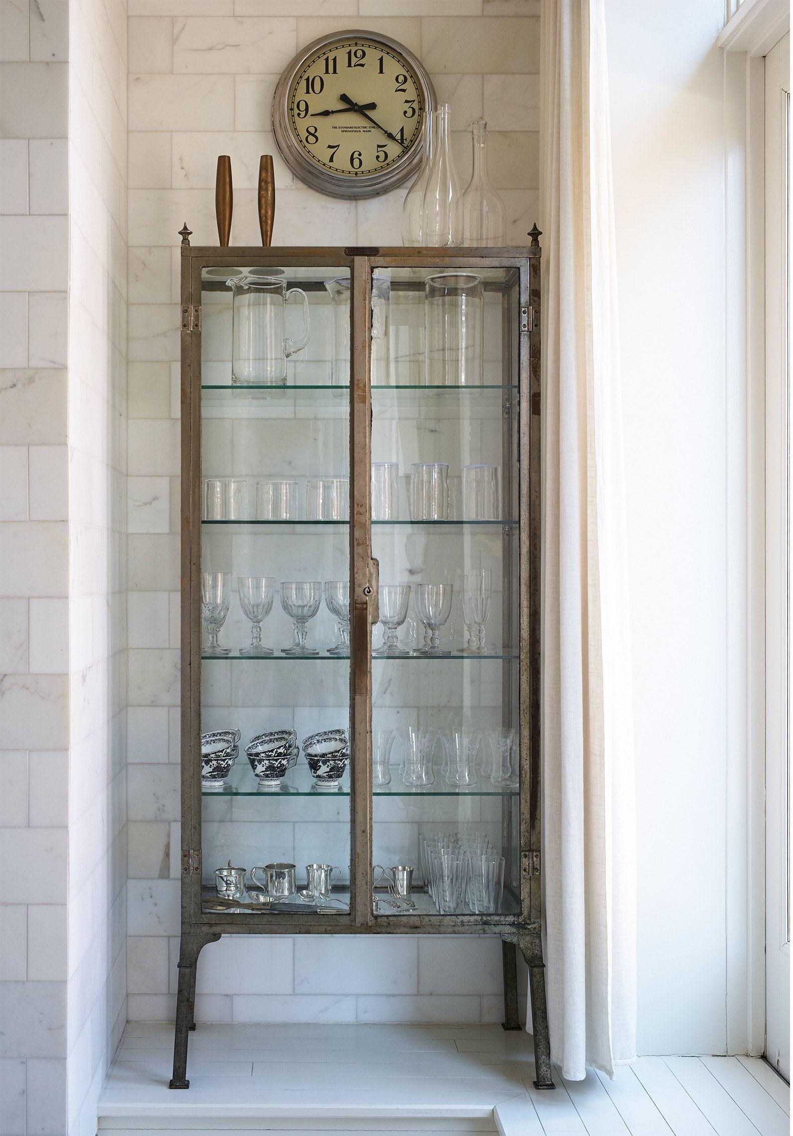 Inside Gwyneth Paltrow\'s New York City home | Pinterest | Vitrinas ...